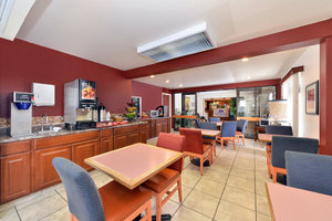 Restaurant - Americas Best Value Inn & Suites Fort Collins