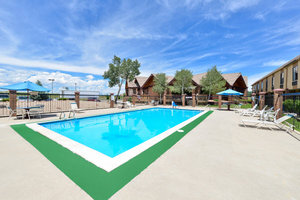 Pool - Americas Best Value Inn & Suites Fort Collins