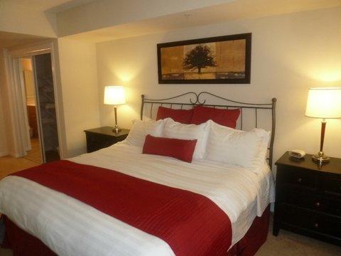 1401 Joyce on Pentagon Row by Global - Private Bedroom