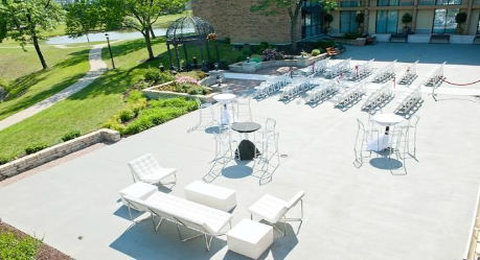 BEST WESTERN PLUS Schaumburg Hotel & Conference Center - Courtyard