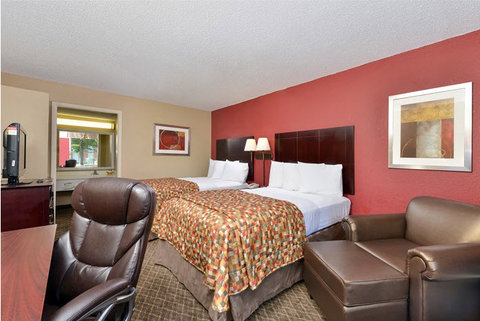 Guest Inn of Ardmore - Two Double Beds