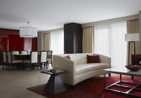 Marriott Marquis Washington, DC - Presidential Suite - Living   Dining Area