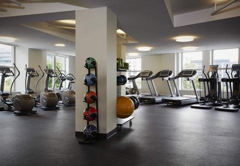 Marriott Marquis Washington, DC - Fitness Center   Cardio Equipment