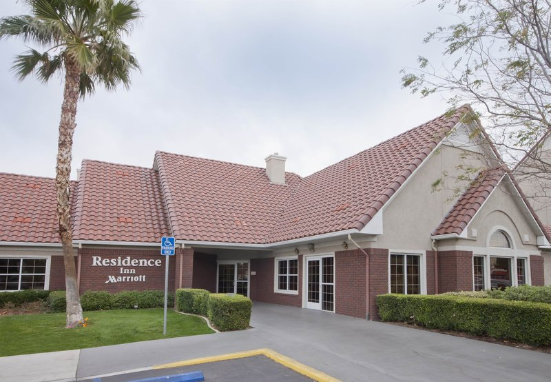 RESIDENCE INN PALMDAL MARRIOTT