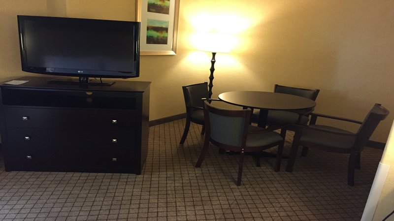 Holiday Inn Express WOODLAND - Woodland, CA