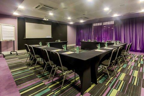 Comfort Hotel Confins - Meeting Room