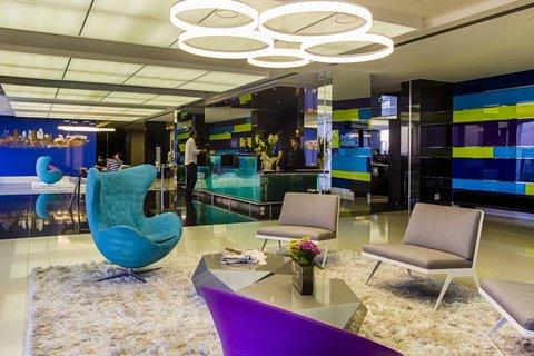 Comfort Hotel Confins - Lobby