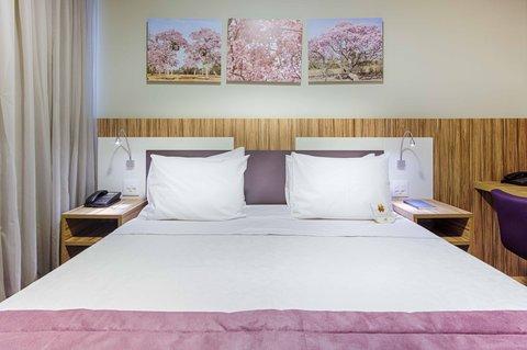 Comfort Hotel Confins - Superior Queen