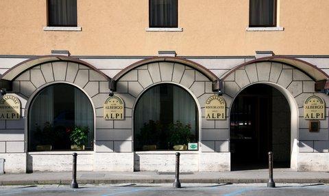 Hotel Delle Alpi - Entrata Albergo
