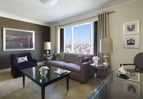 فندق فور سيزن - Four Seasons Executive Suite  Living Room