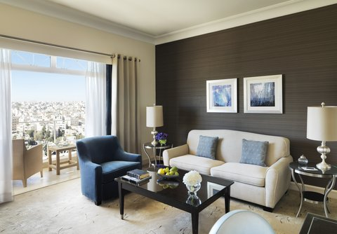 فندق فور سيزن - Deluxe Four Seasons Executive Suite  Living Room