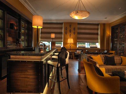 Rocco Forte Balmoral Hotel - Scotch at The Balmoral