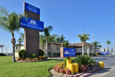 Americas Best Value Inn and Suites Madera - Exterior View