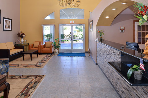 Americas Best Value Inn and Suites Madera - Lobby View
