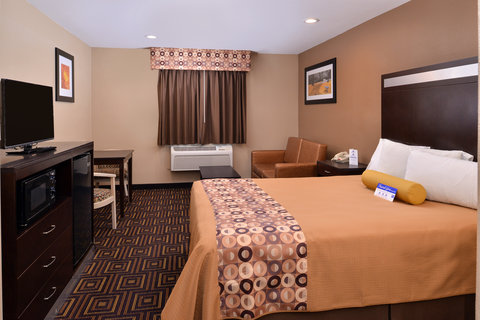 Americas Best Value Inn and Suites Madera - One Queen Bed Guest Room