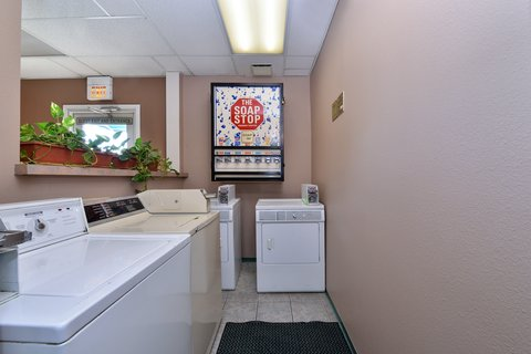 Americas Best Value Inn and Suites Madera - Laundry Amenities