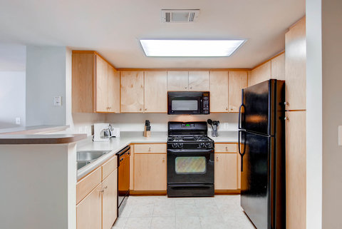 1401 Joyce on Pentagon Row by Global - Fully-Equipped Kitchen