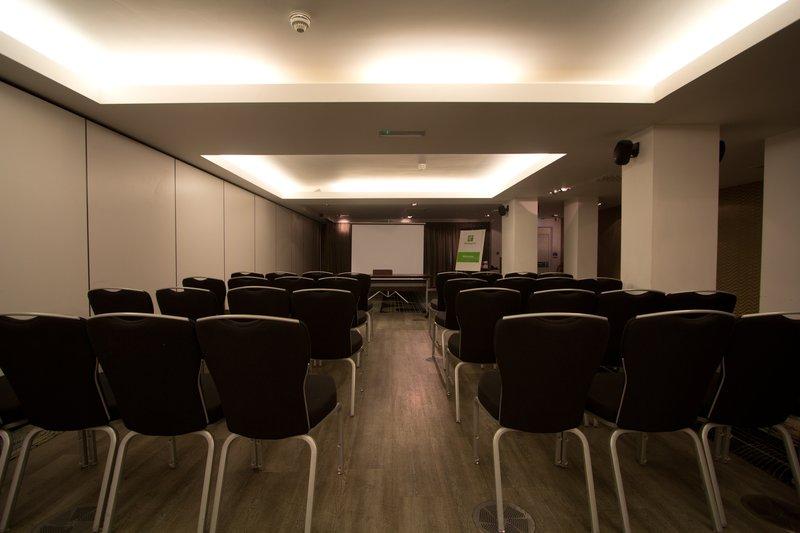 Holiday Inn Newcastle-Jesmond 会议厅