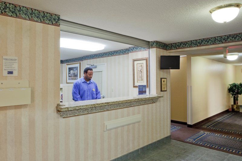 Candlewood Suites WASHINGTON-FAIRFAX - Fairfax, VA
