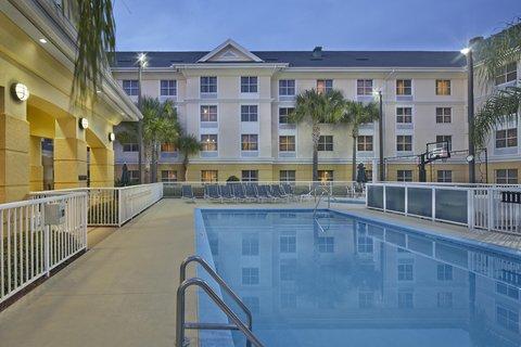 Homewood Suites by Hilton Daytona Beach SpeedwayAirport - Swimming Pool