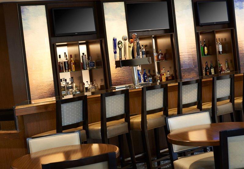Marriott Detroit Airport Bar/lounge