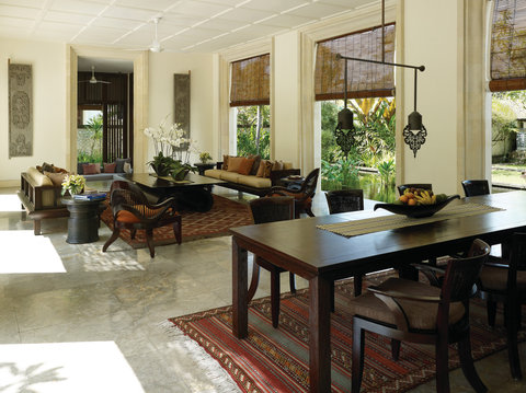 Four Seasons Resort Bali at Jimbaran Bay - Residence Villa Dining   Living Area
