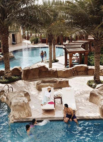 فندق فور سيزن  - Swimming Pool