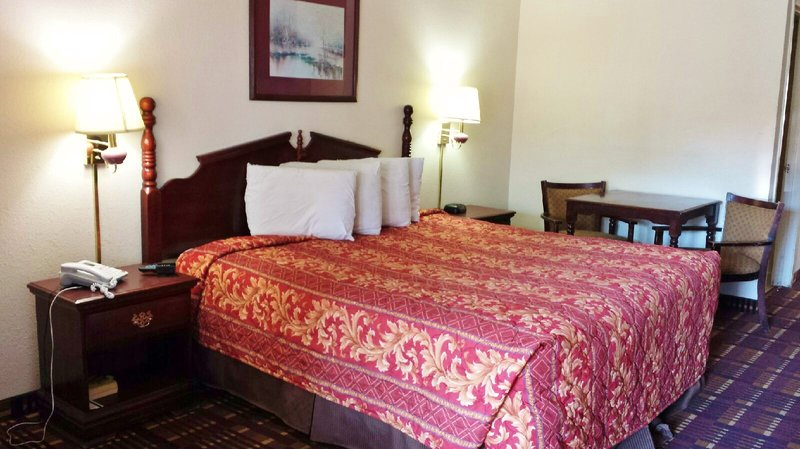 Americas Best Value Inn San Antonio Downtown Pokoj