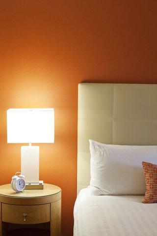 Hotel Irvine Jamboree Center - Guest Room