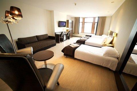 Floris Ustel Midi - Quad Room