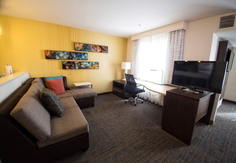 Residence Inn Omaha West - King Studio Suite   Living Area