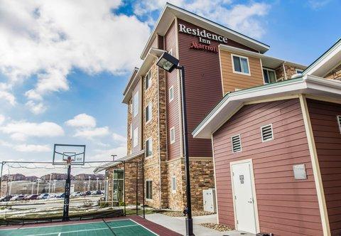 Residence Inn Omaha West - Sport Court