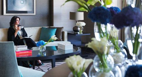 فندق فور سيزن  - The Pearl Floor Lounge