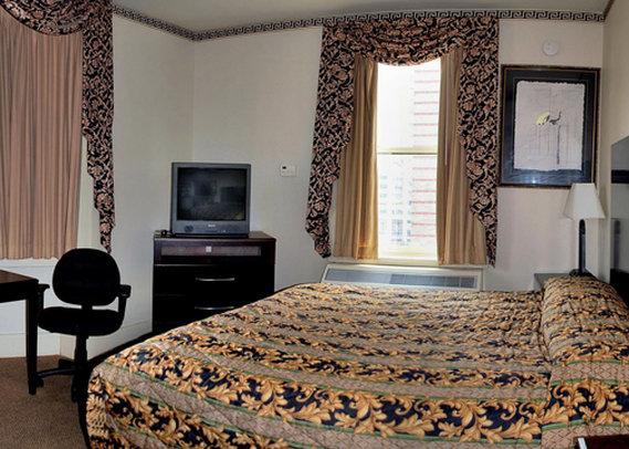 Renaissance Hotel Chicago Room Service Menu
