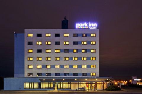 Park Inn Vilnius North - Exterior Night
