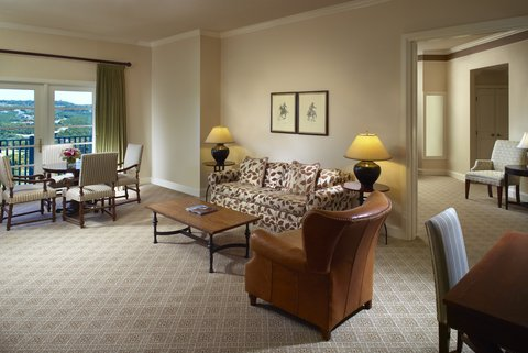 Omni Barton Creek Resort & Spa - Deluxe Suite