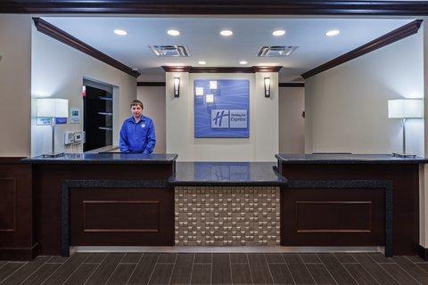 Holiday Inn Express & Suites GLENPOOL-TULSA SOUTH - Front Desk