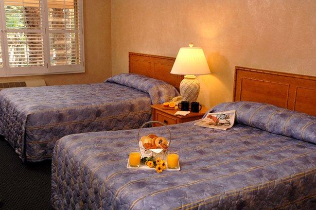 Saga Motor Hotel In Pasadena Ca 91106 Citysearch