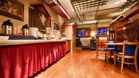 BEST WESTERN PLUS Columbus North - Breakfast Area