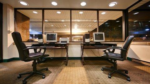 BEST WESTERN PLUS Columbus North - Business Center