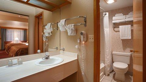 Best Western Dunmar Inn - Bathroom