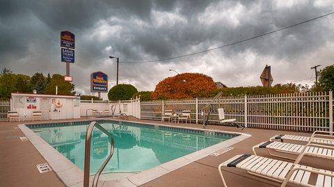 Best Western Dunmar Inn - Pool