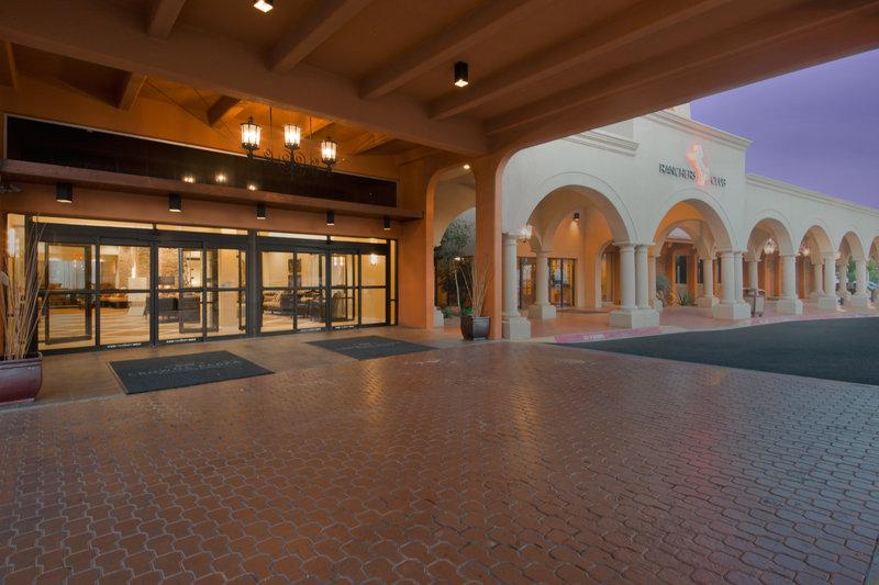 Crowne Plaza-Albuquerque - Albuquerque, NM