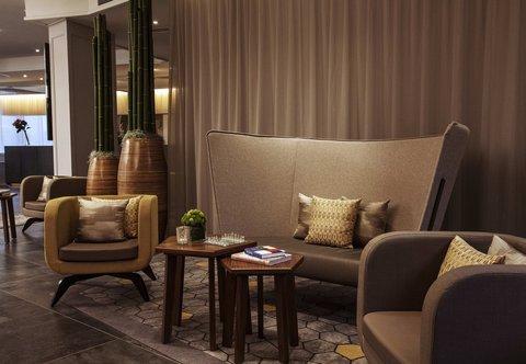 杜塞尔多夫尼盛万丽酒店 - Lobby