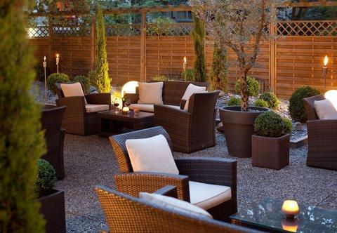 杜塞尔多夫尼盛万丽酒店 - Outdoor Terrace