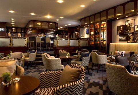 杜塞尔多夫尼盛万丽酒店 - Close-Up Bar   Lounge   Seating Area