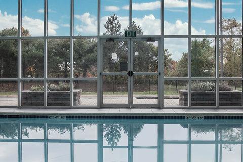 Sleep Inn & Suites - Pool