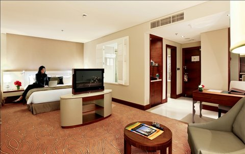 Millennium Plaza Dubai - Premium Club Room