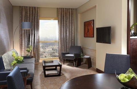 Millennium Plaza Dubai - Deluxe Suite Living Room