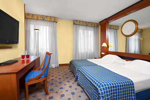 Melia Granada - Guest room